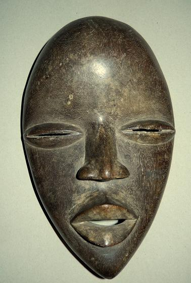 masque africain forme